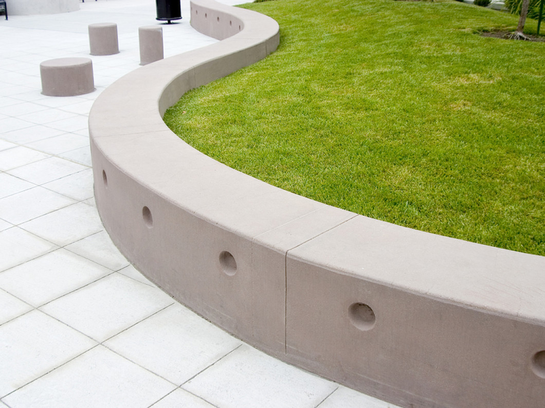 Talk to a Retaining Wall Contractor in Tulsa, OK